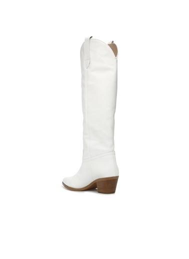 Divarese Divarese 5024897 Kemer Detaylı 6 Cm Topuklu Deri Kadın Çizme Beyaz